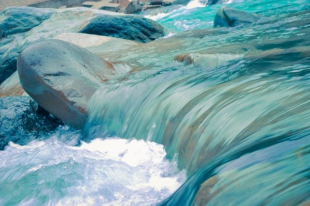 water_in_movement